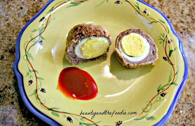 Grain free, low carb Scotch Turkey sausage eggs / beautyandthefoodie.com