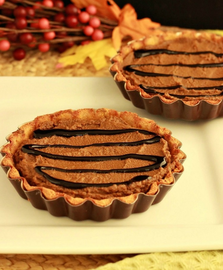 Chocolate Pumpkin Gingerbread Tarts- Paleo, Low Carb & Gluten Free