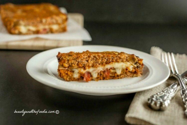 Bacon Mushroom Stuffed Turkey Meatloaf, grain free, low carb and paleo #lowcarbmeatloaf #paleomeatloaf