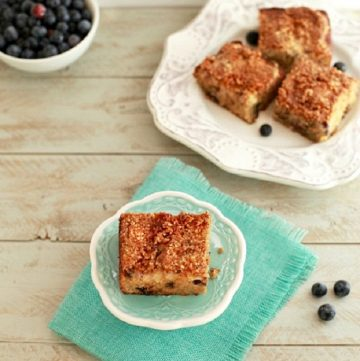 Blueberry Cream Cheese Crumb Cake, grain free,low carb, and paleo option