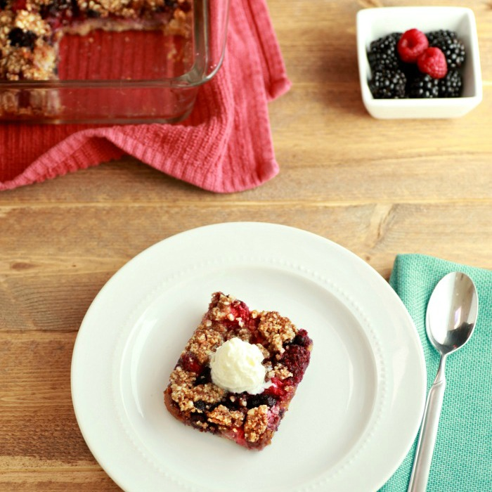 Berry Pie Crumble Squares, grain free, paleo, low carb, & gluten free