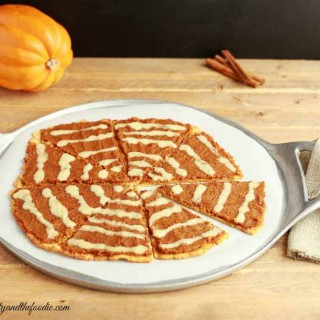 Pumpkin Pie Desert Pizza- grain free, paleo and low carb.
