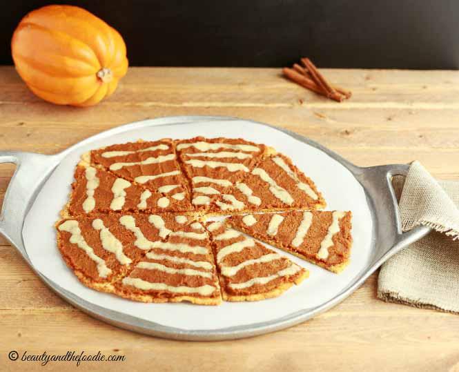 Pumpkin Pie Desert Pizza- grain free, paleo and low carb.
