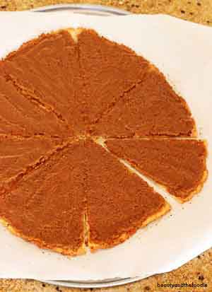 Pumpkin Pie Desert Pizza- grain free, paleo and low carb