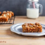 Paleo Turtle Blondies- grain free with low carb option. Chocolate chip bars with caramel and pecans