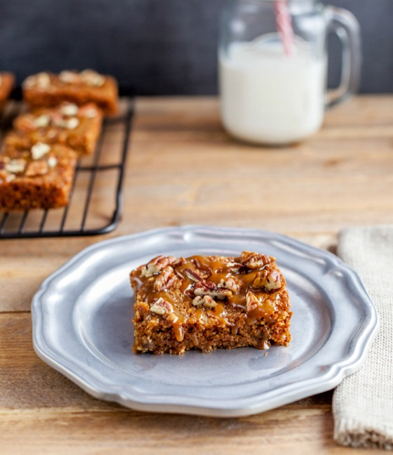 Low Carb Turtle  Cookie Bars
