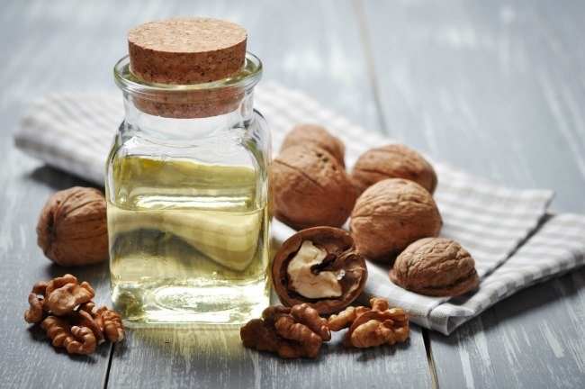 Healthy Edible Oils For Weight Loss - Walnut Oil