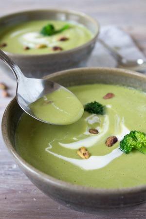Broccoli Pistachio Soup- Sugar Free Londoner
