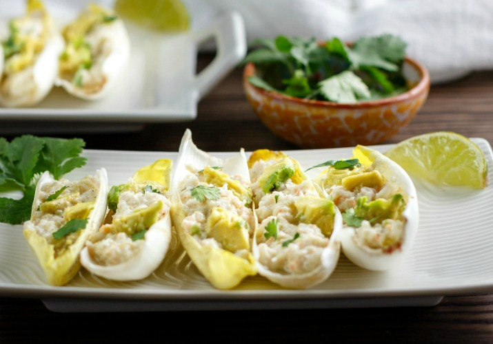 Shrimp salsa verde salad boats beauty and the foodie for Vers de salade