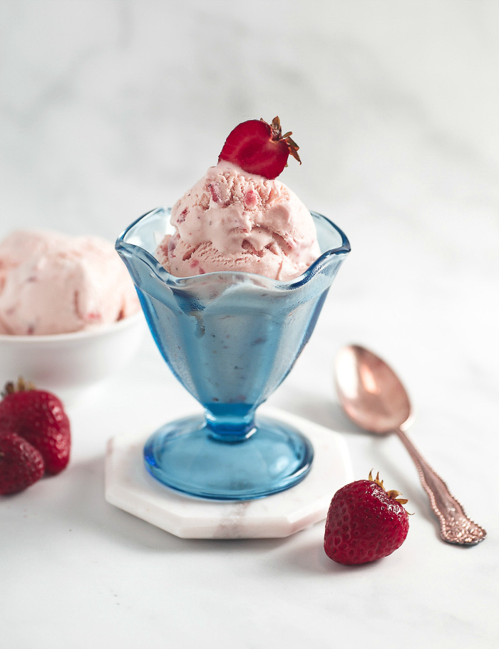 Easy Keto No Churn Strawberry Ice Cream