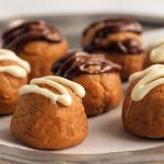 Keto No-bake Peanut Butter Cookie Fat Bombs