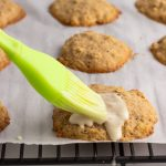 Icing oatmeal cookies