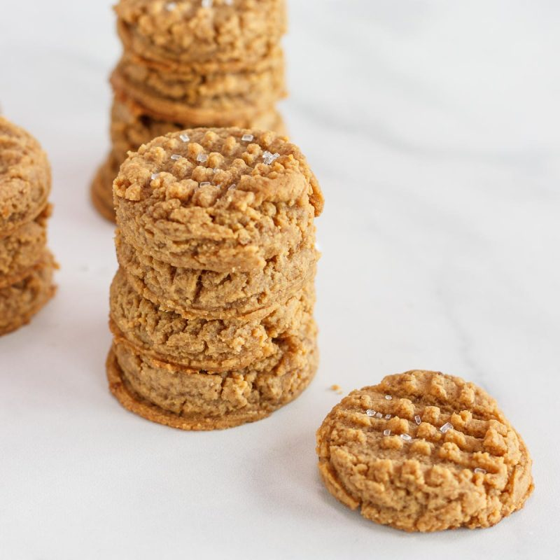 Easy Keto Peanut Butter Cookies Flourless