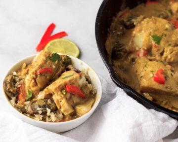 Serving Thai fish bowls.