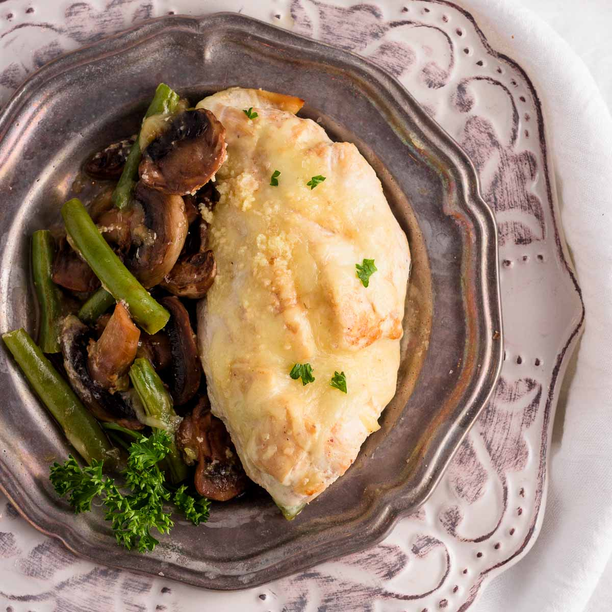 chicken brest and mushrooms & green beans in a creamy sauce.